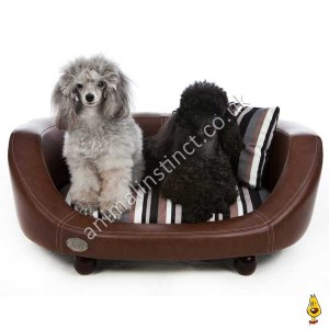 C&W Oxford II dog bed brown medium