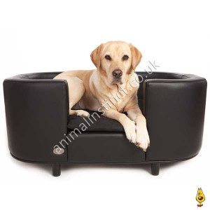 C&W Hampton dog bed black large