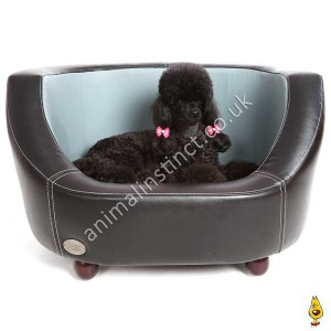 C&W Oxford dog bed black small